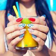 Du soleil et de la couleur dans vos ongles pour cet été