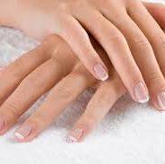 Comment prendre soin de mes mains jusqu'au bout des ongles?